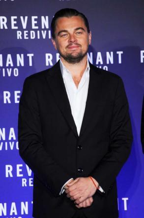 The Revenant , Leonardo DiCaprio manda in tilt Roma alla première del film