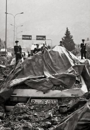 25 anni fa la strage di Capaci, la morte di Giovanni Falcone