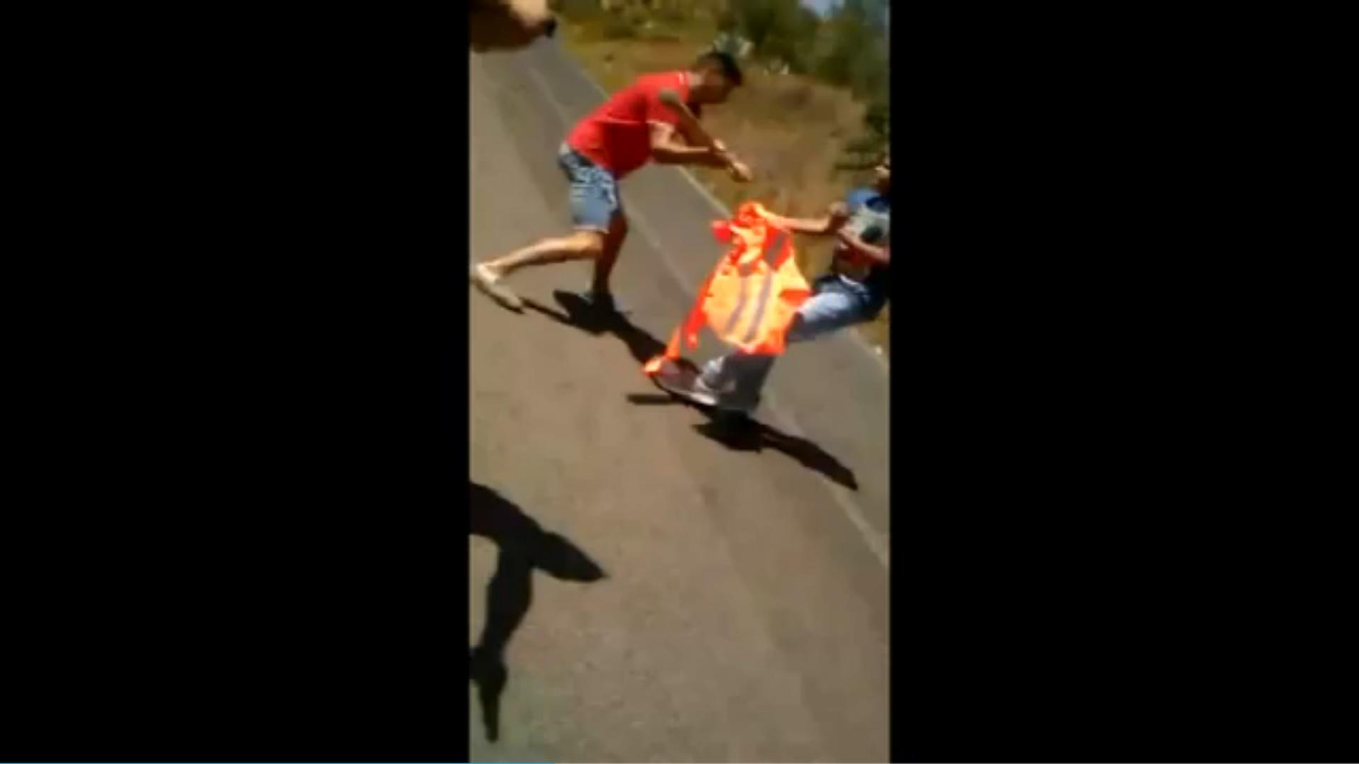 Catania, picchiano tre minorenni egiziani e filmano l aggressione: arrestati