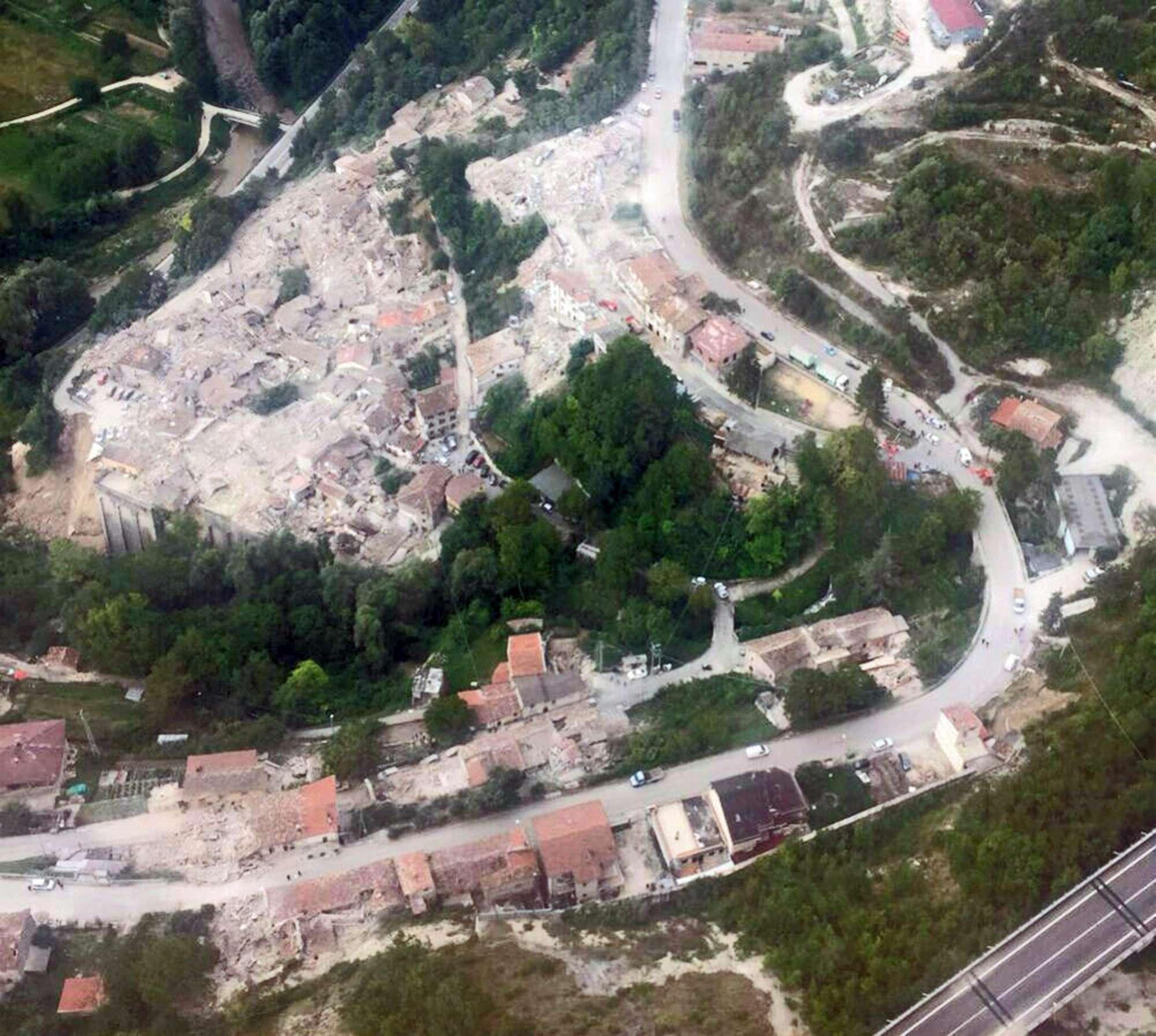 Sisma in Centro Italia, le impressionanti foto dall alto
