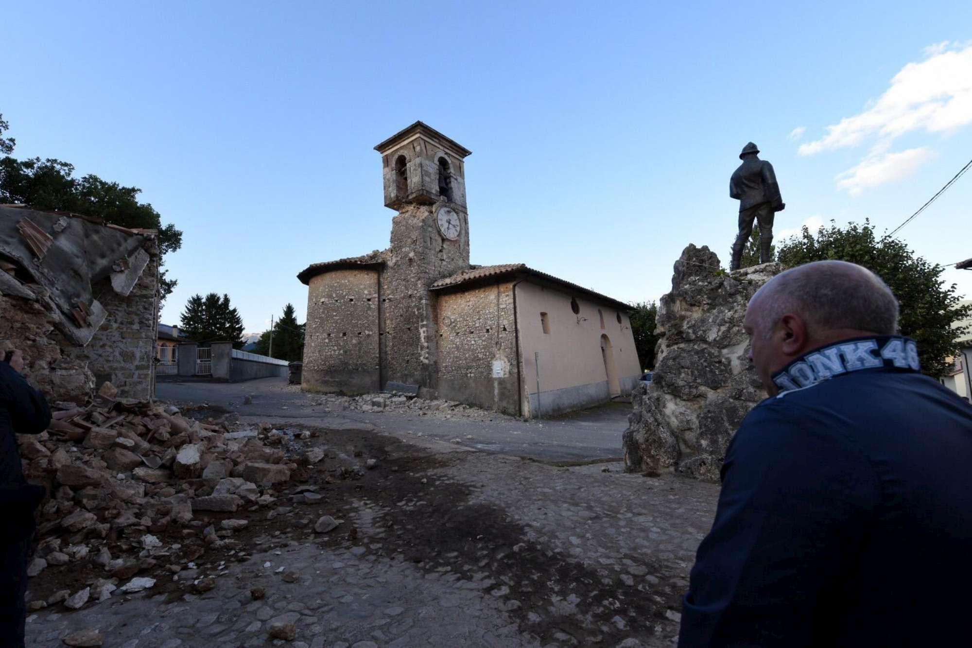 Terremoto in Centro Italia, Norcia resiste: né vittime né feriti