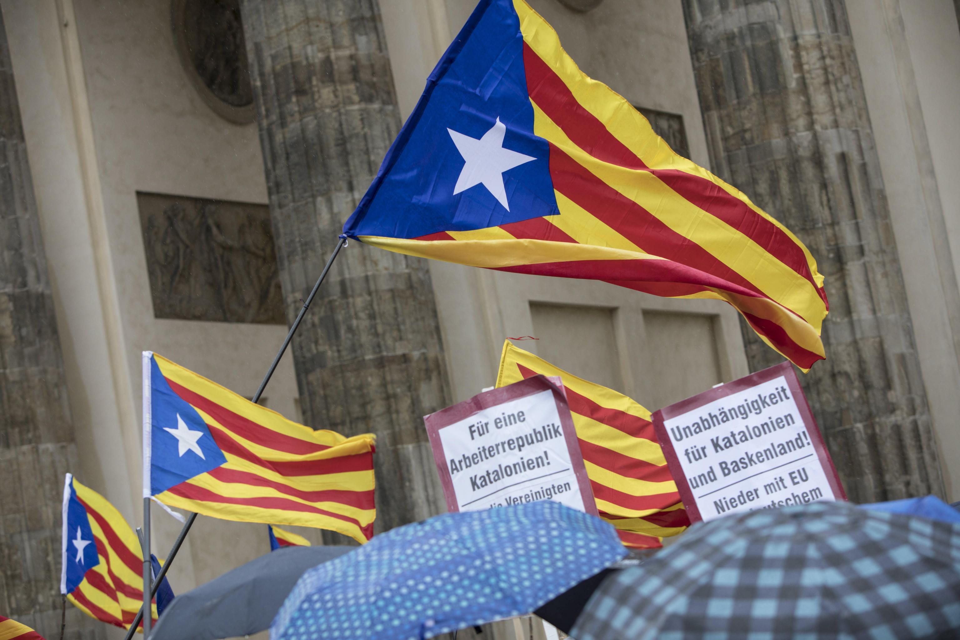 Centinaia in strada per sostenere il leader indipendentista