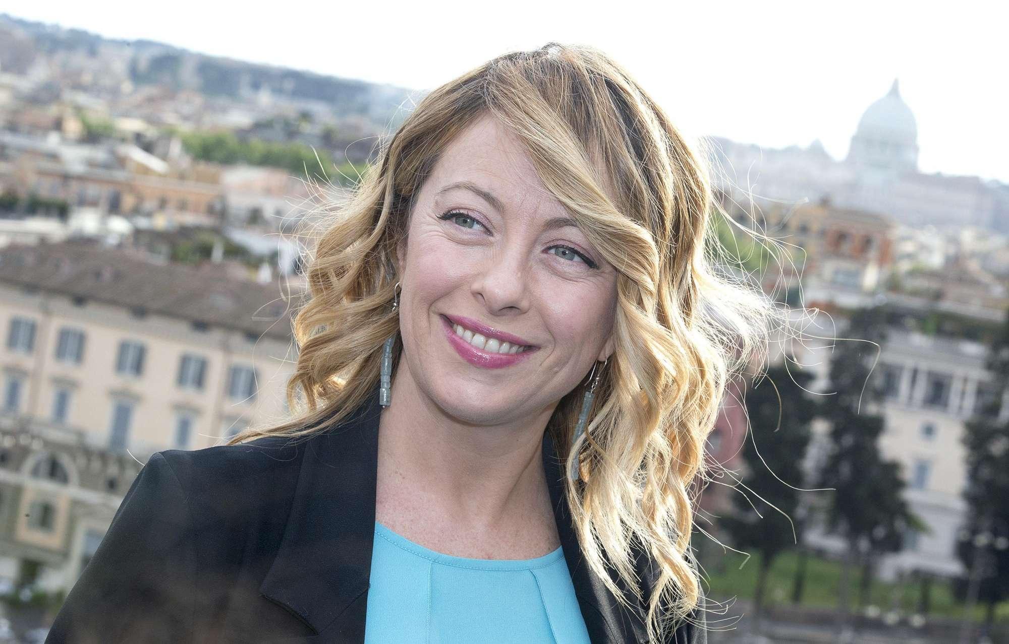Giorgia Meloni, al via alla campagna elettorale per diventare sindaco di Roma