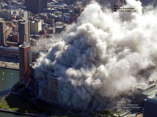 Diciassette anni dopo l 11 settembre l America ricorda le sue vittime