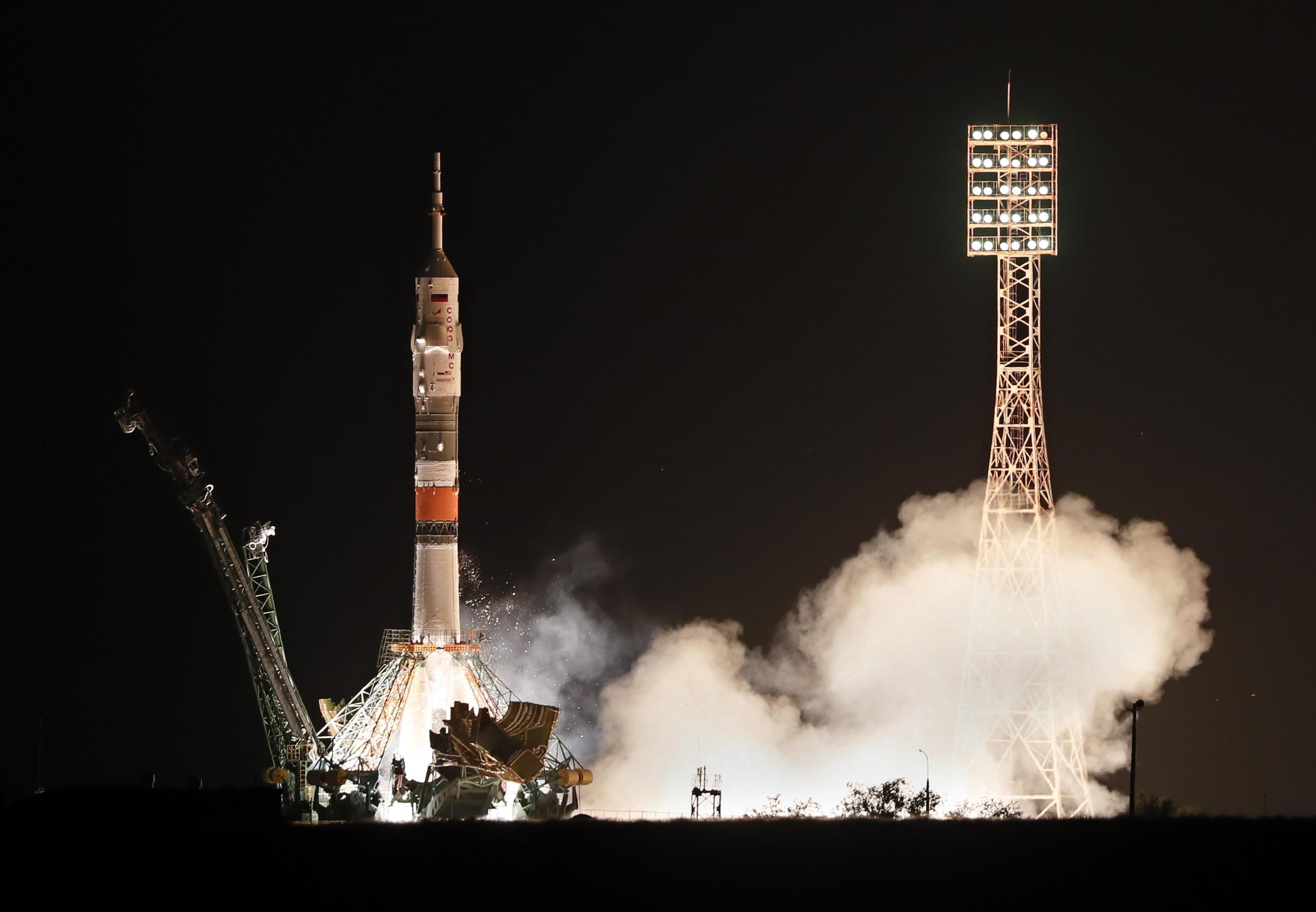 Lanciata la Soyuz, al via la missione  Beyond  con Luca Parmitano