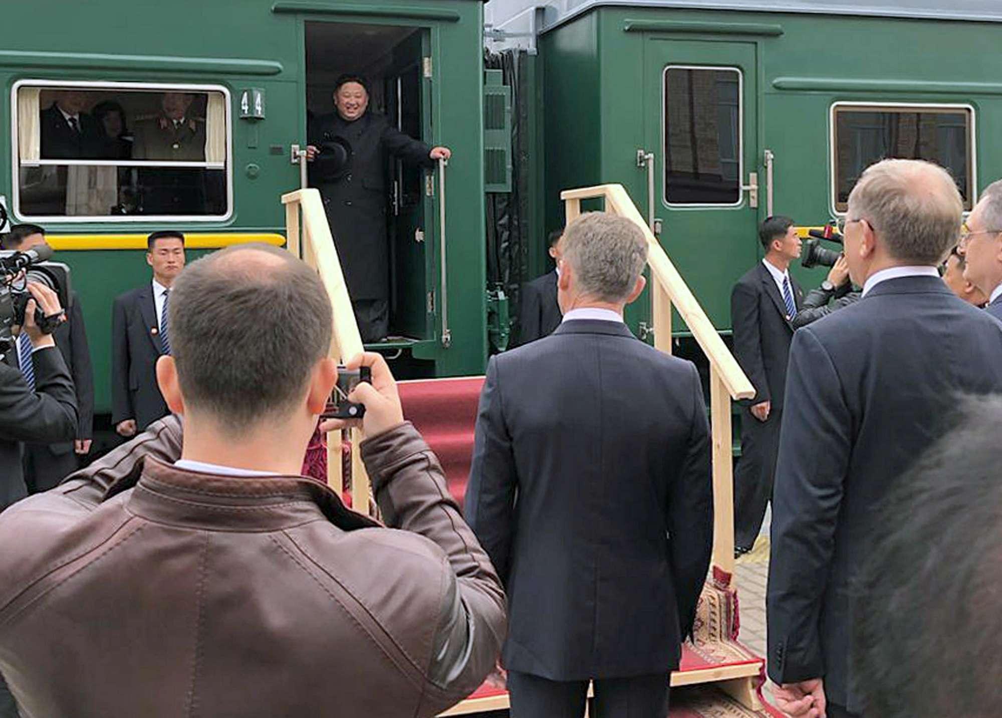 Corea del Nord, Kim Jong-un in visita in Russia