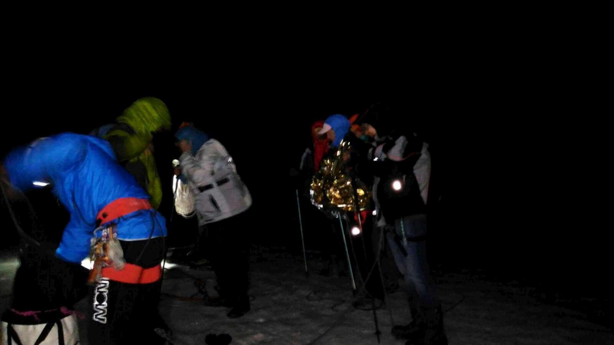 Monte Bianco, turisti bloccati in cabinovia a 3mila metri