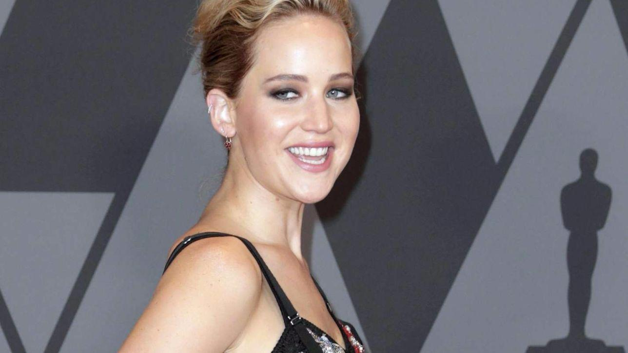 Jennifer Lawrence splendida in passerella