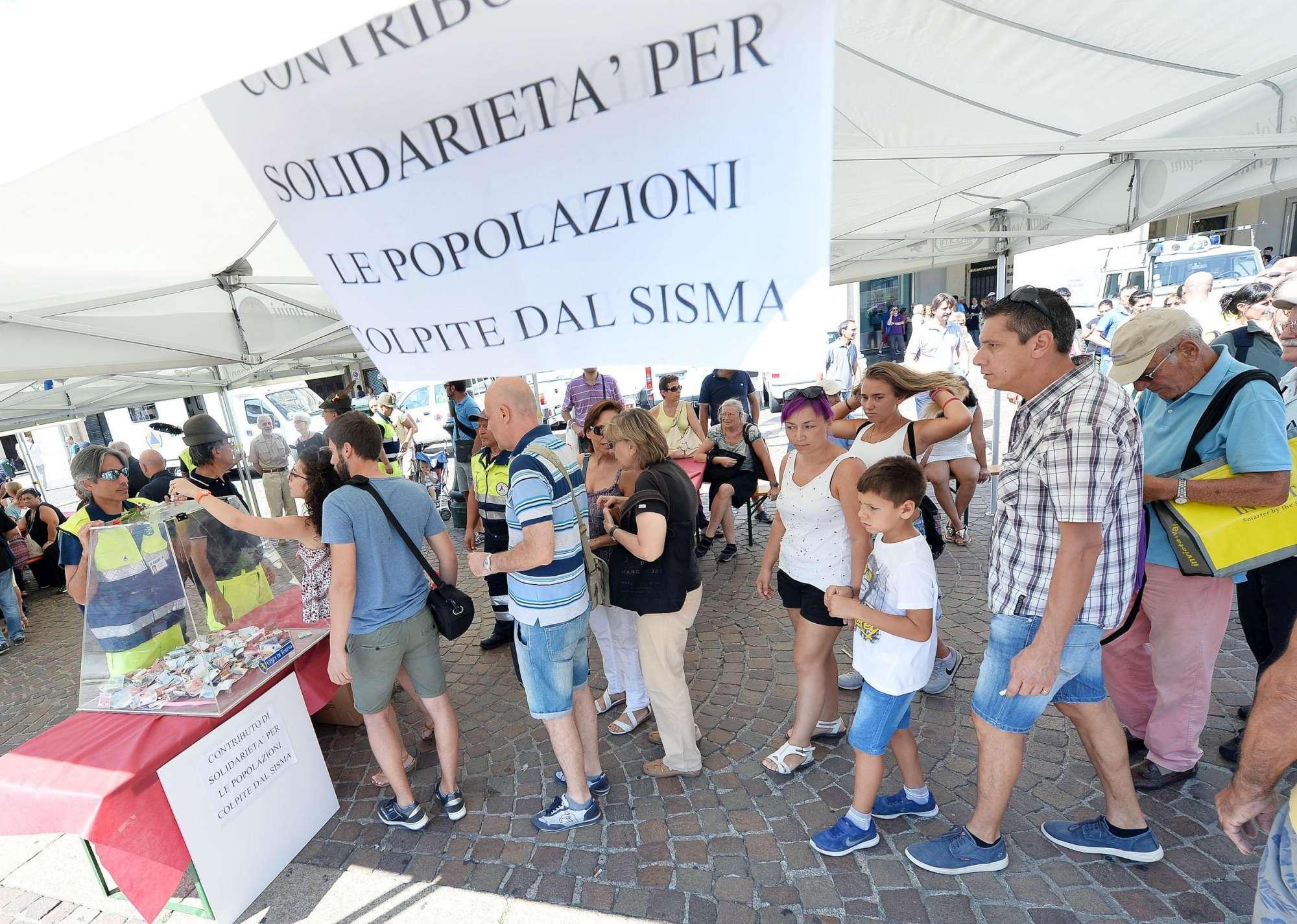 Torino, in migliaia partecipano alla  amatriciana solidale  per le vittime del terremoto