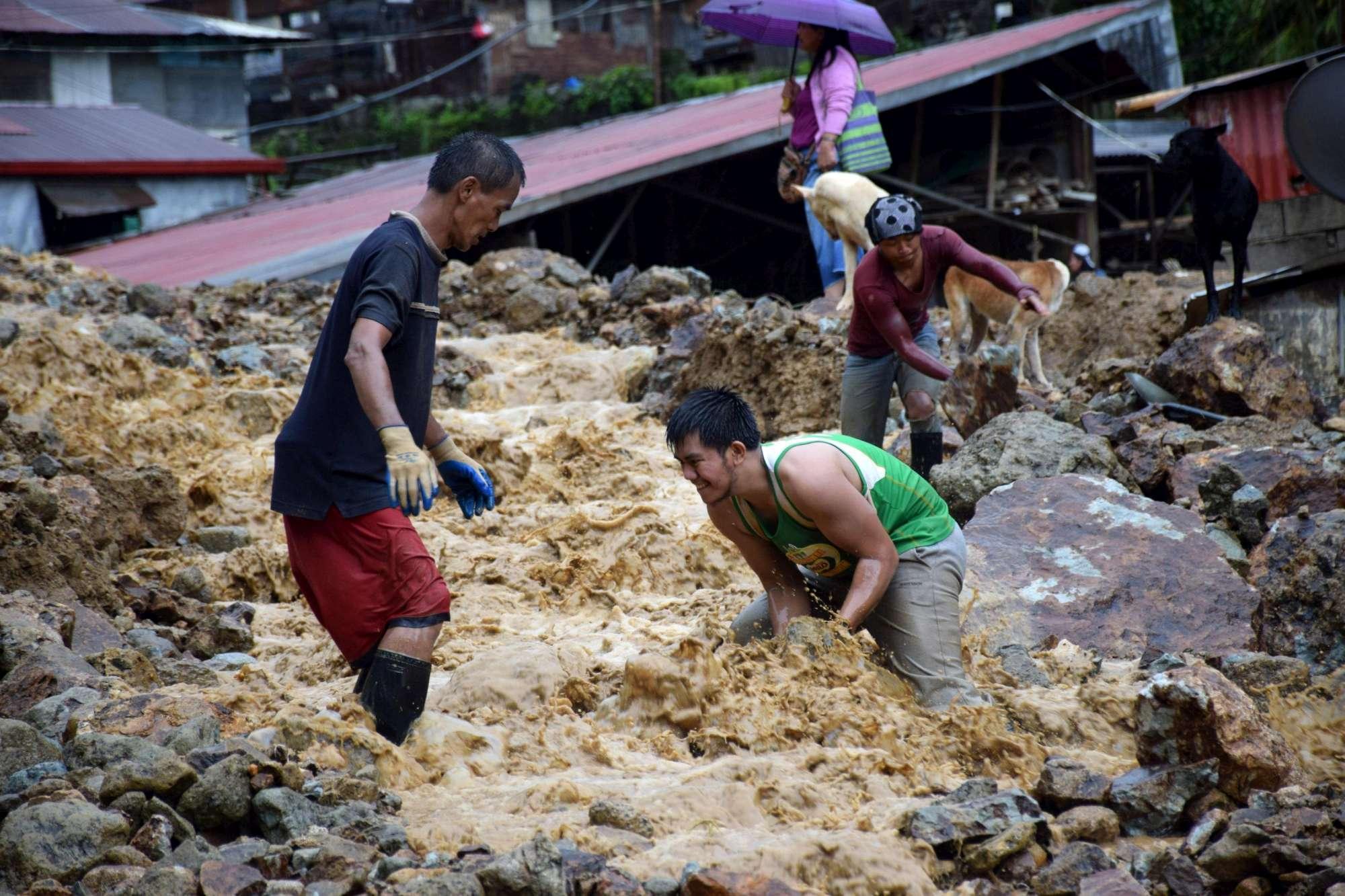 Taiwan, il tifone Nesat devasta villaggi con pioggia e venti fortissimi