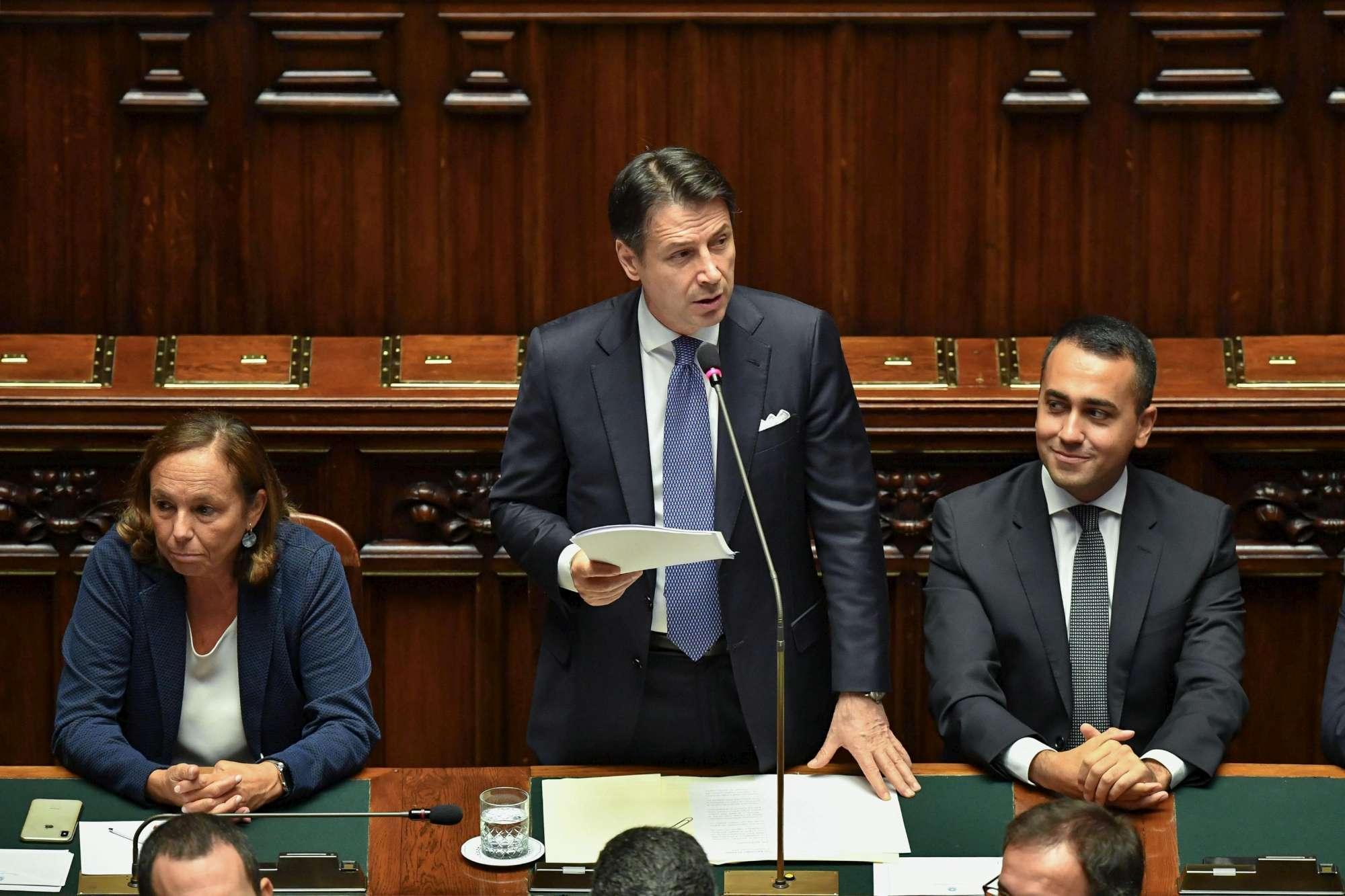 Conte a Montecitorio per il voto di fiducia