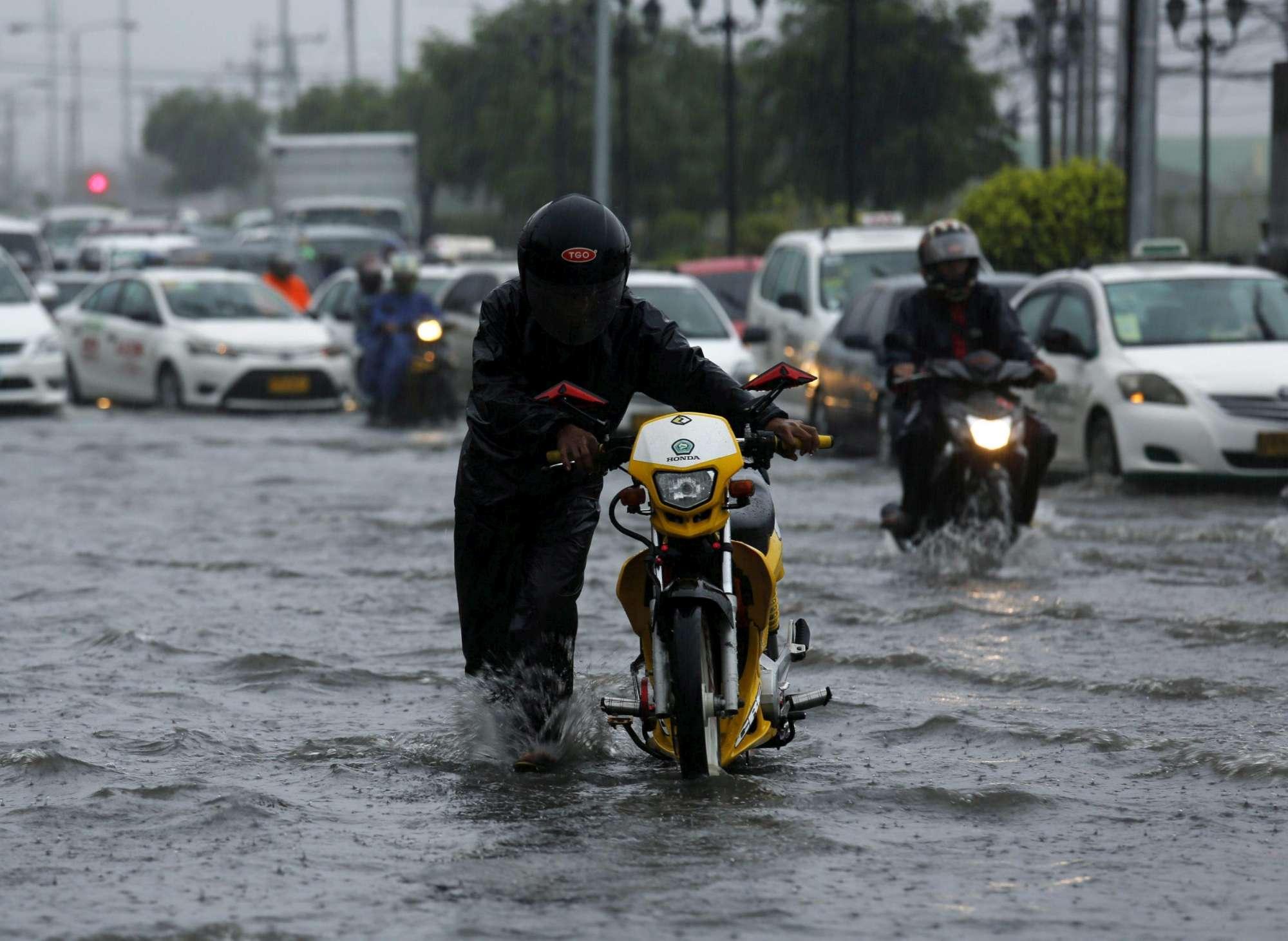 Tifone Nepartak, Taiwan nel caos