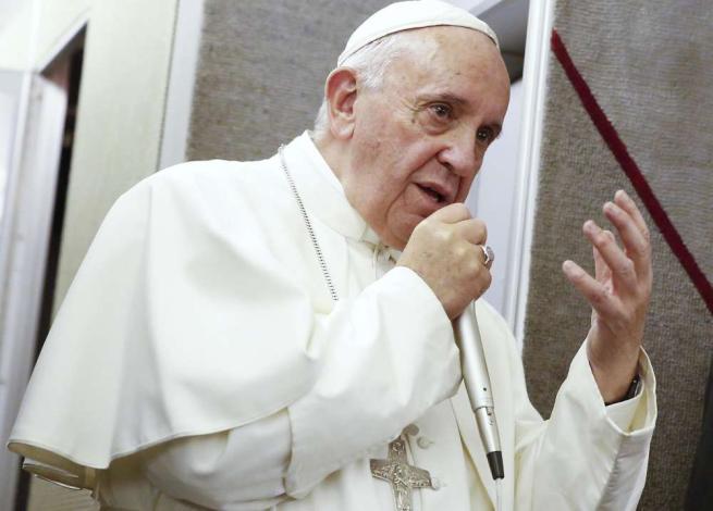 Papa: non ho invitato Marino a Philadelphia Il Campidoglio: mai tirato in ballo Francesco