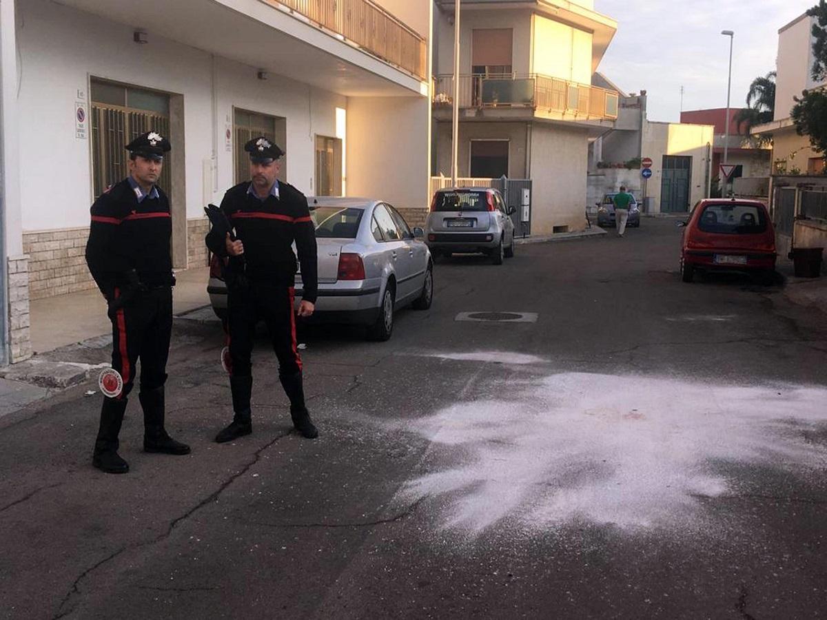 Lecce, lite tra vicini finisce in tragedia: 3 morti