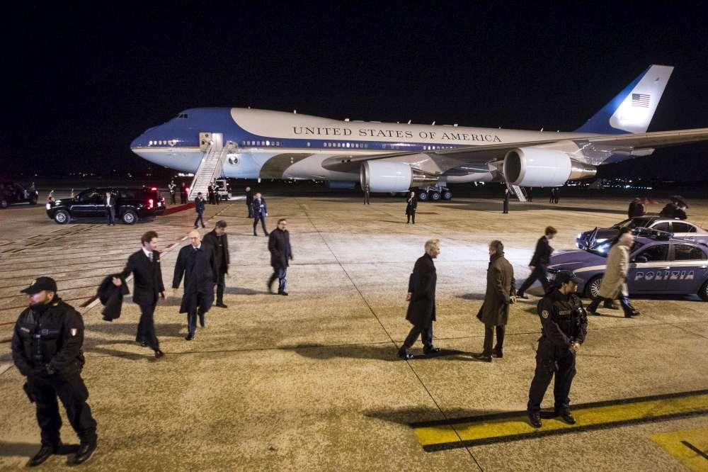 free shipping 6abee 872fe Trump vuole rottamare l Air Force One, ma la sicurezza lo blocca