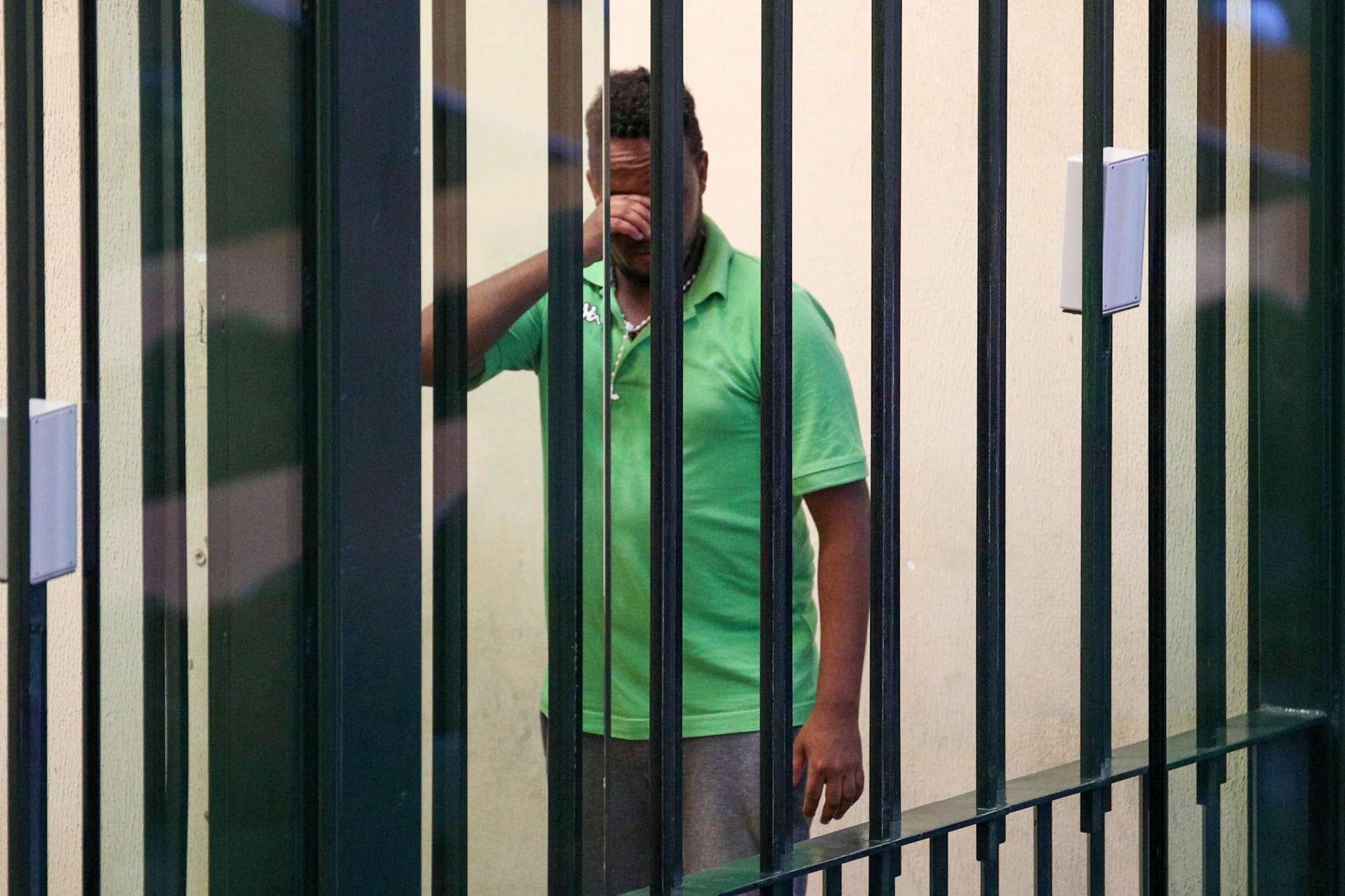 Traffico migranti, eritreo scambiato per schiavista