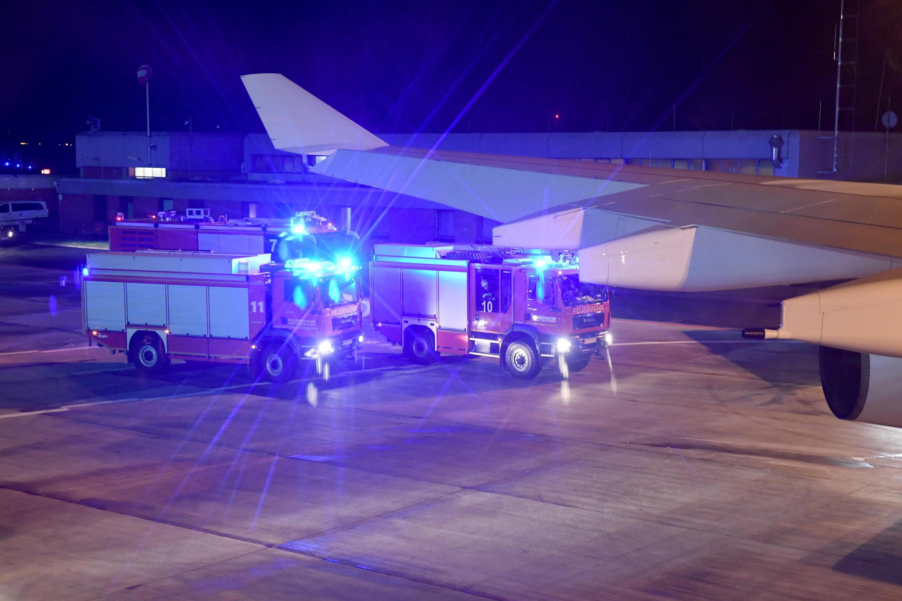 G20, atterraggio d'emergenza a Colonia per l'aereo con a bordo Angela Merkel