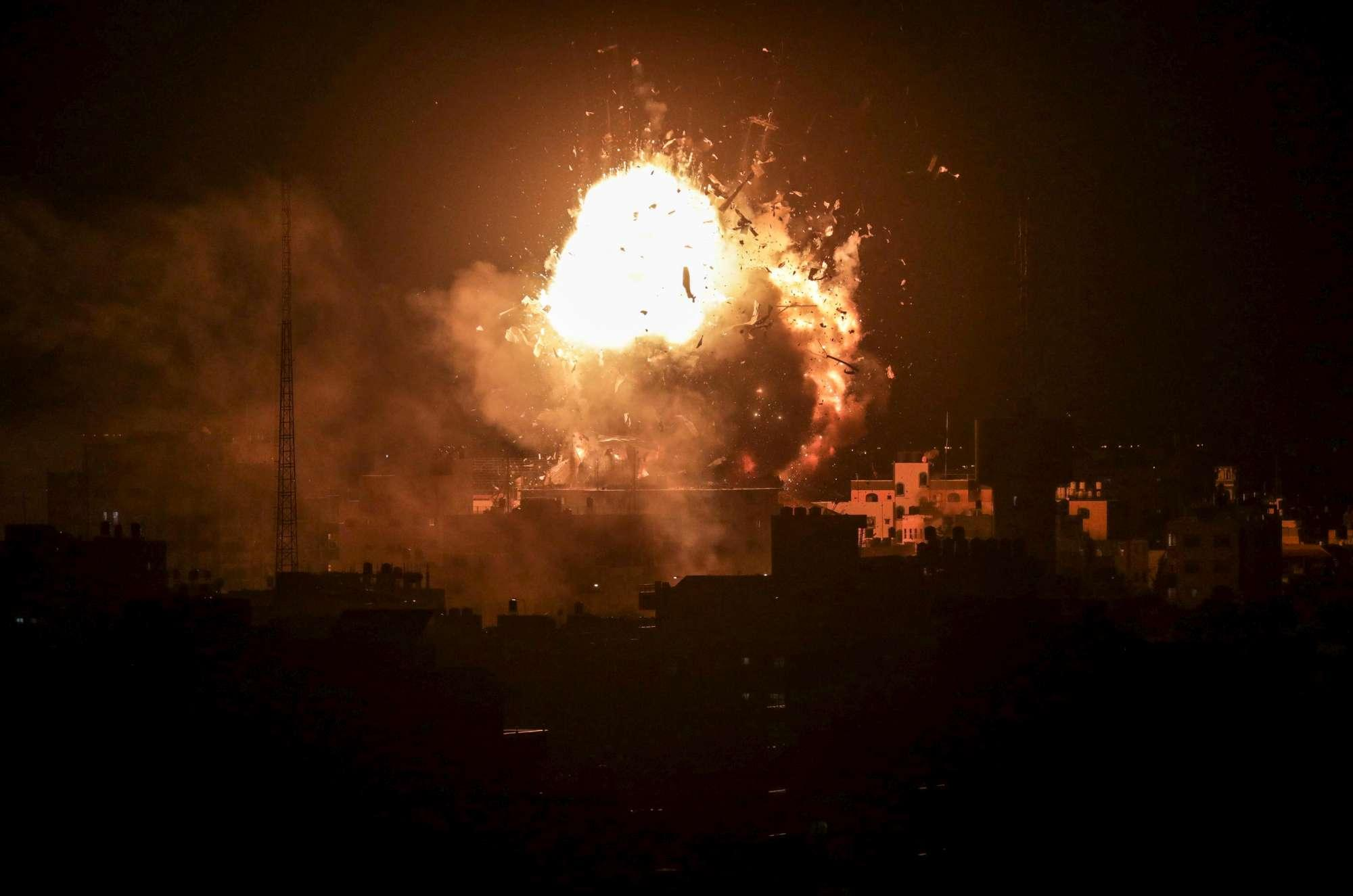 Striscia di Gaza, pioggia di razzi su Israele