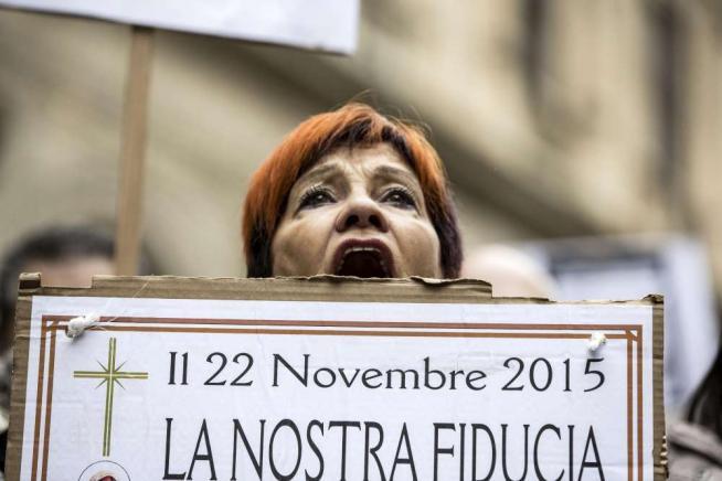Roma, le vittime delle quattro banche di nuovo in piazza: ridateci i nostri soldi