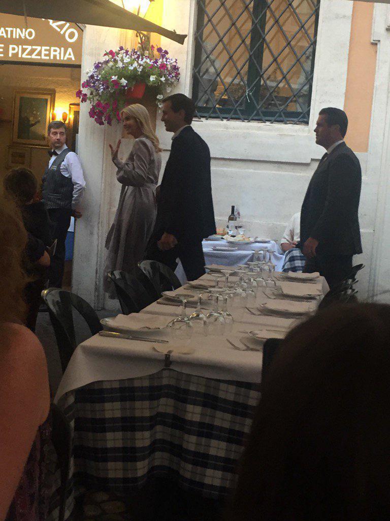 Roma, Ivanka Trump con il marito a cena in un ristorante del centro