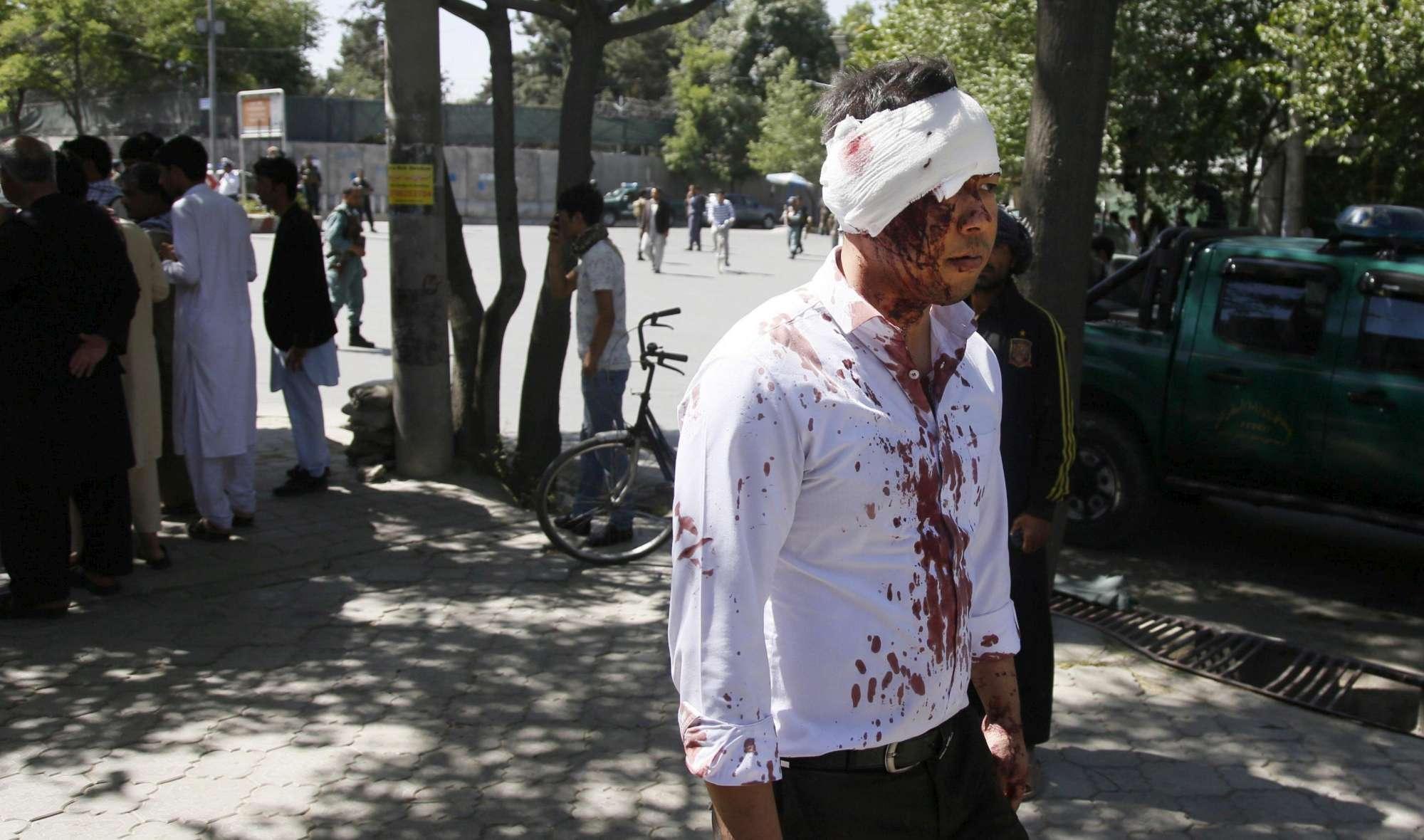 Autobomba fa una strage a Kabul