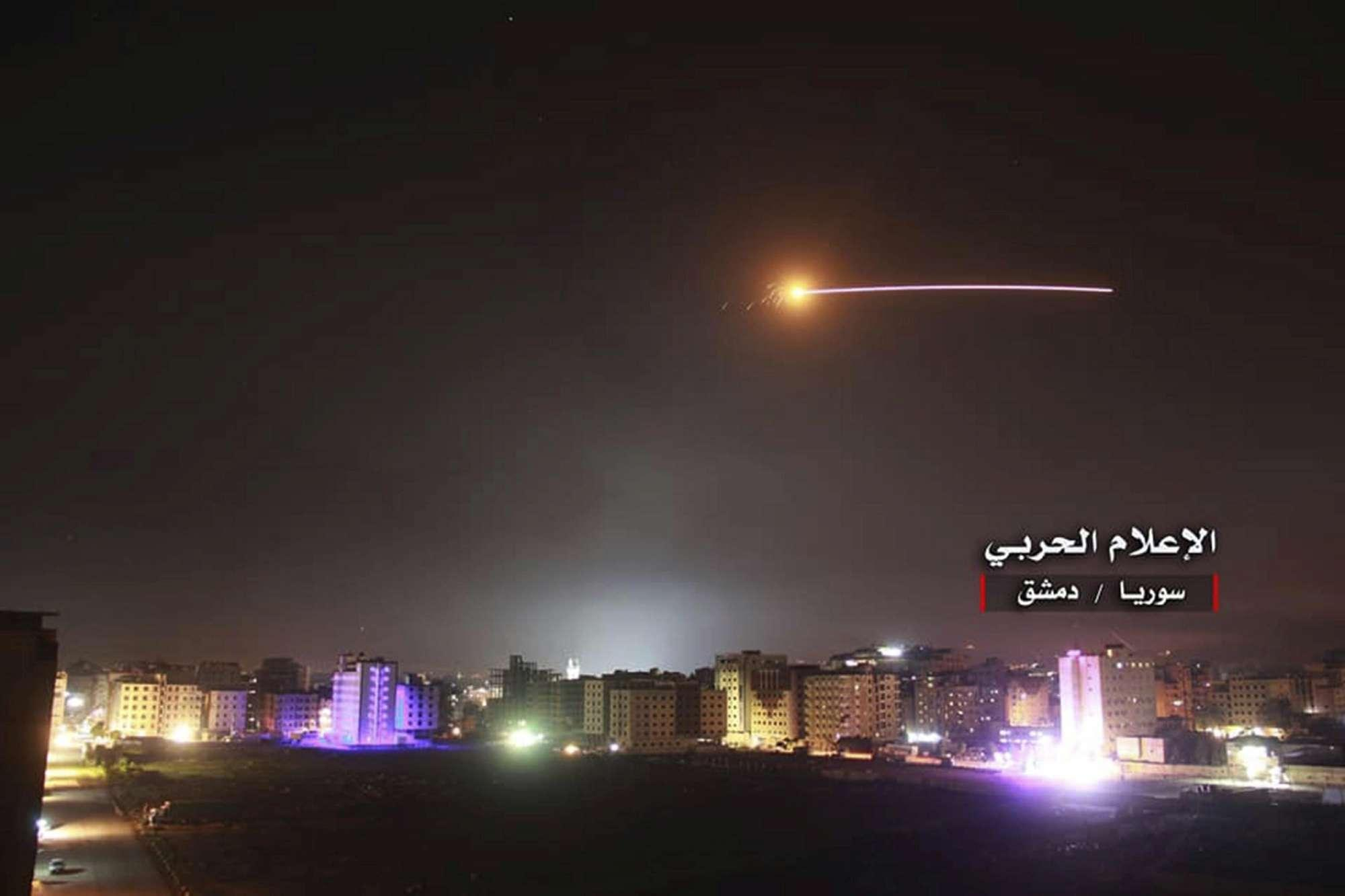 Il raid di Israele in Siria