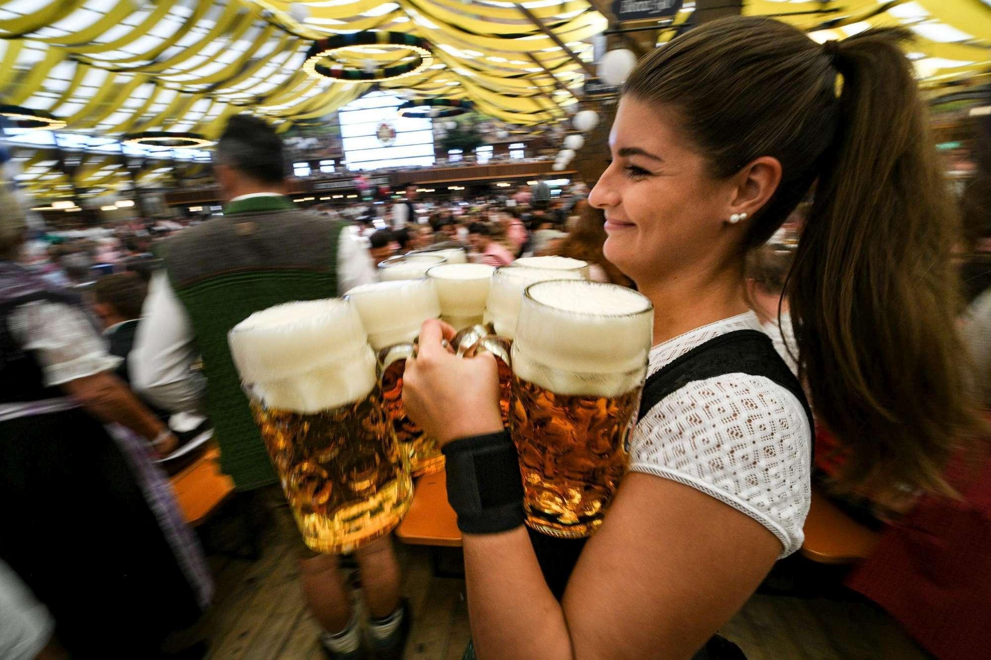 Al via l Oktoberfest: attesi a Monaco di Baviera oltre 6 milioni di visitatori per la festa della birra