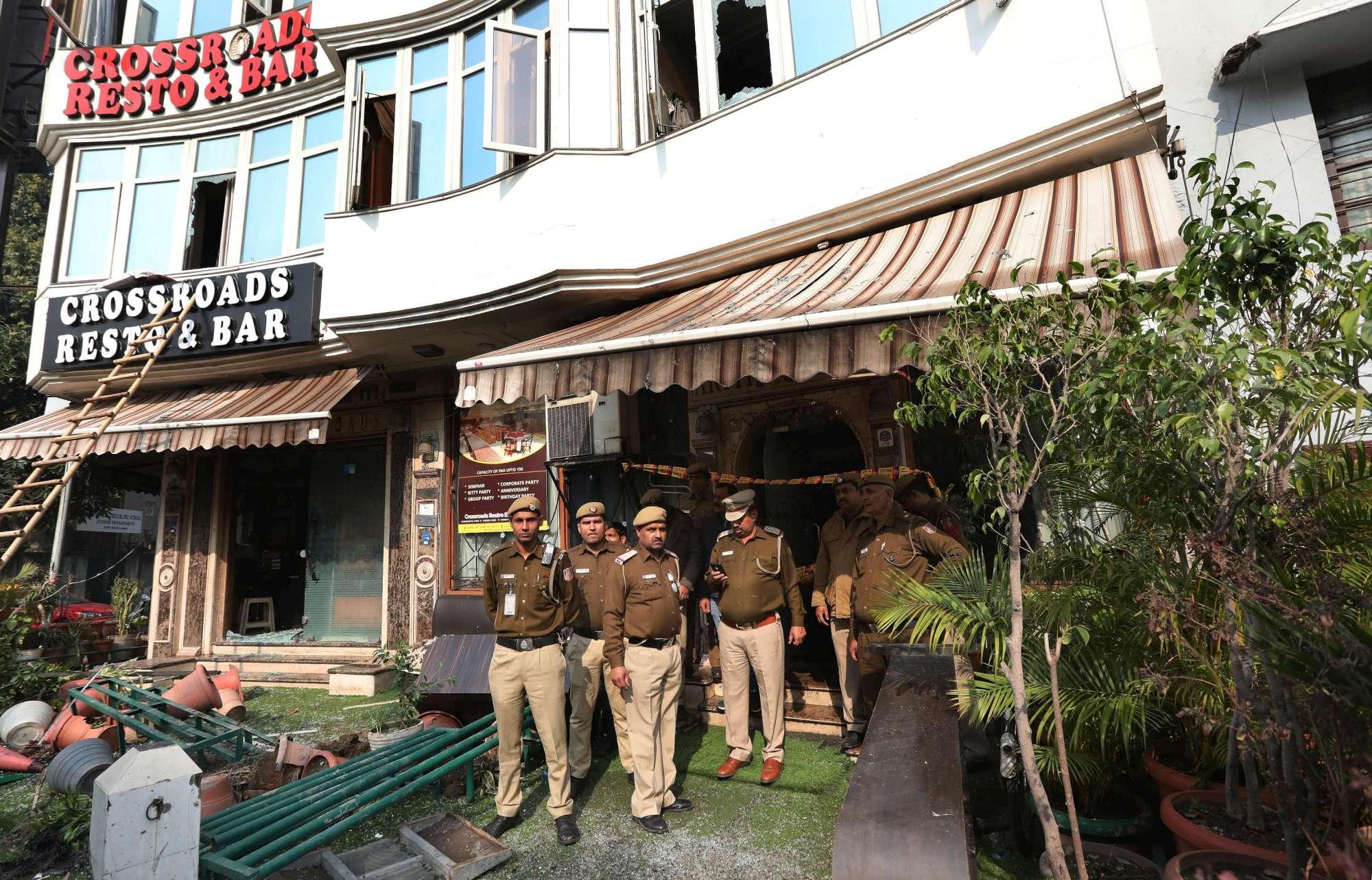 Incendio in un hotel a New Dehli: molte vittime