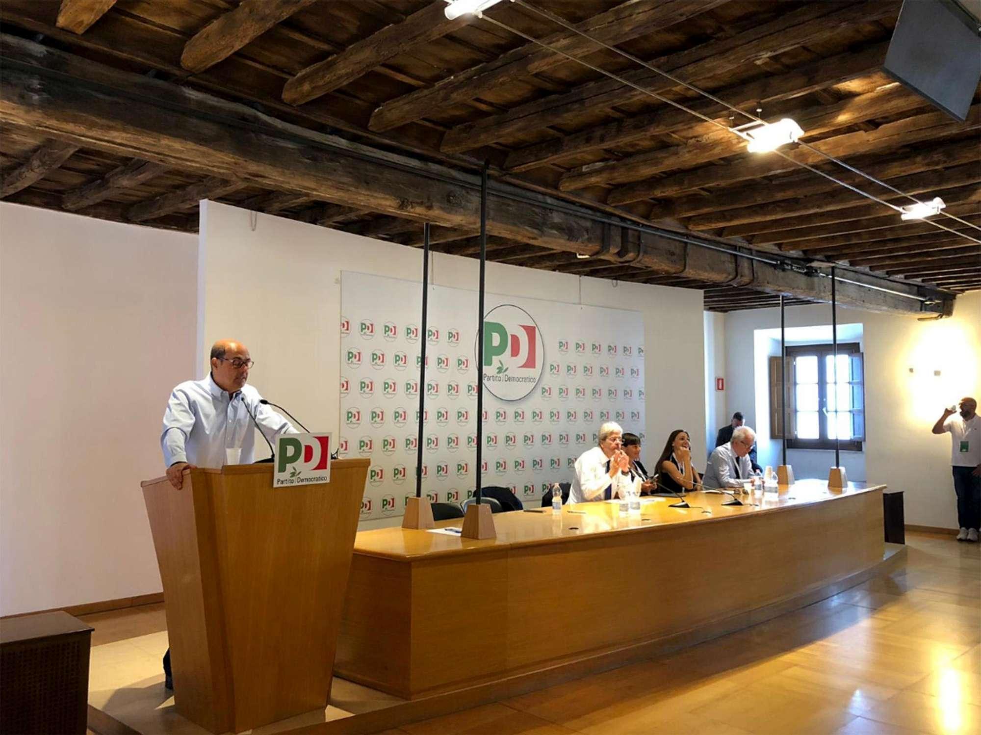 Direzione Pd, Zingaretti:  Cinque punti per trattare con il M5s
