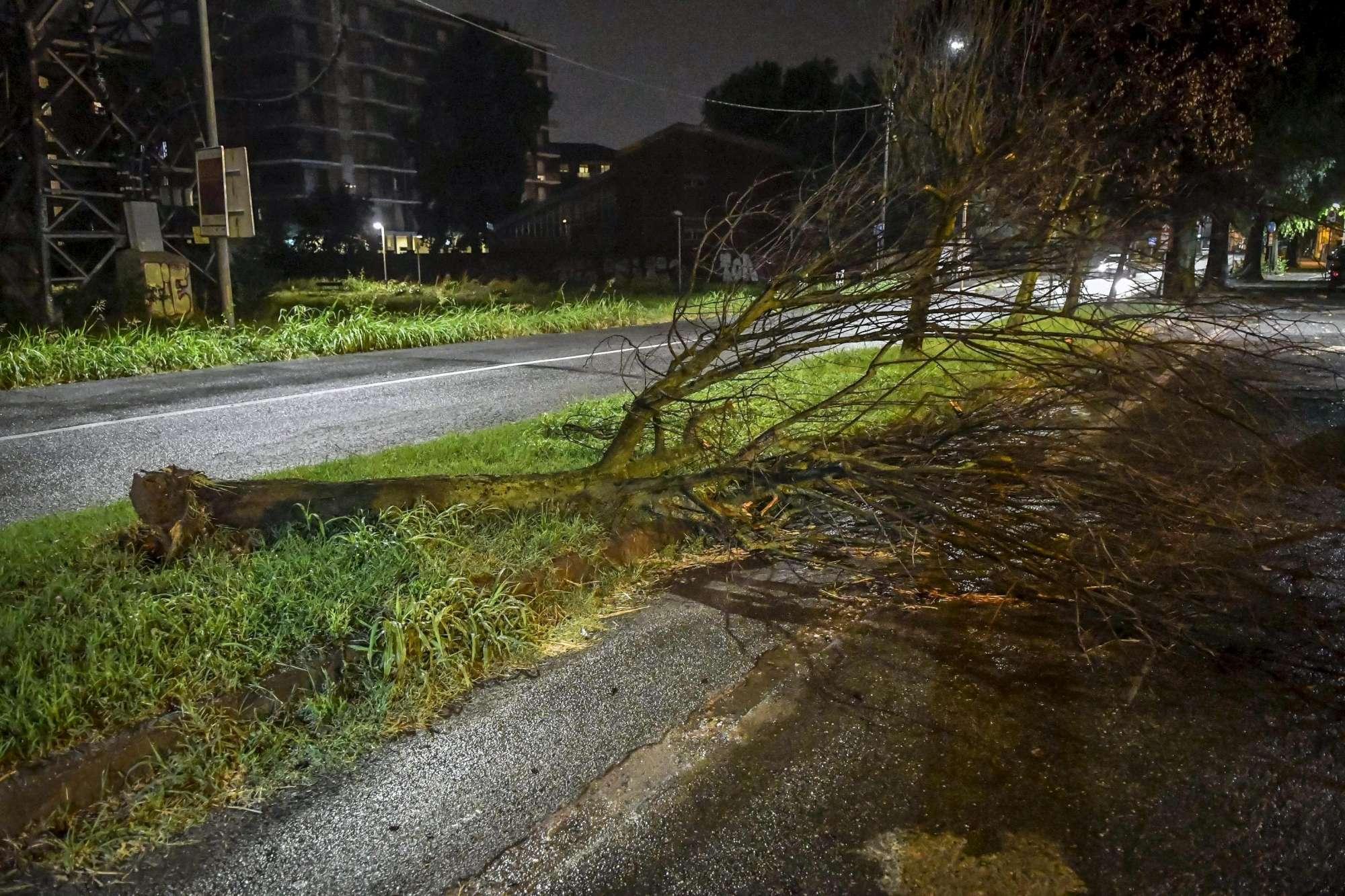 Maltempo, ancora temporali e venti forti: allerta in diverse Regioni