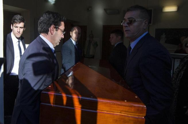 Ettore Scola, alla Casa del cinema di Roma il saluto di amici, colleghi e gente comune
