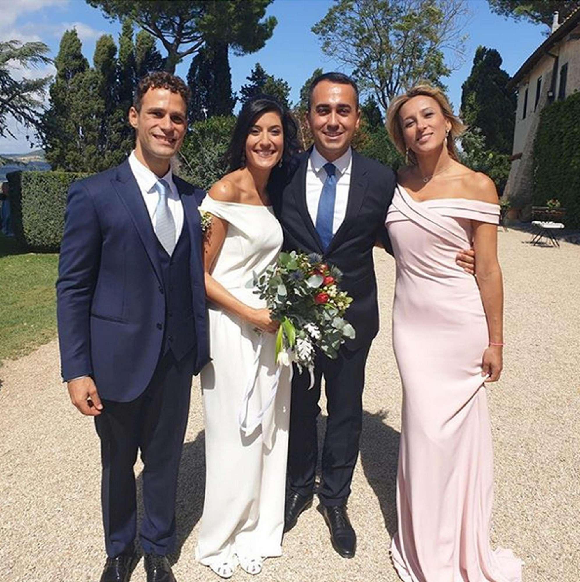Luigi Di Maio con Virginia Saba alle nozze del suo portavoce