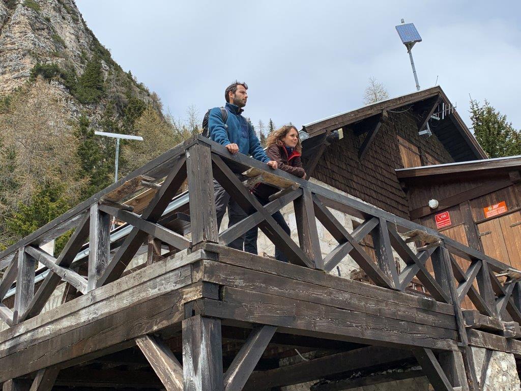 Mollano vita comoda e posto fisso per gestire un rifugio in montagna