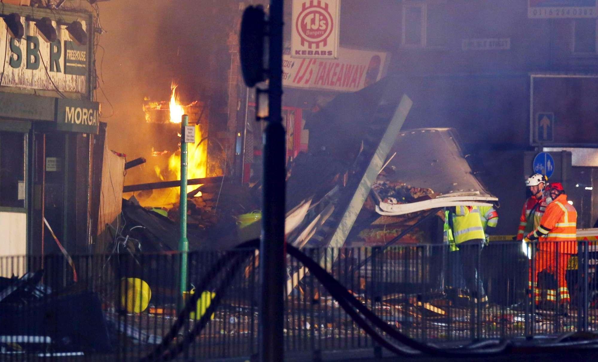 Gb, esplosione in edificio a Leicester