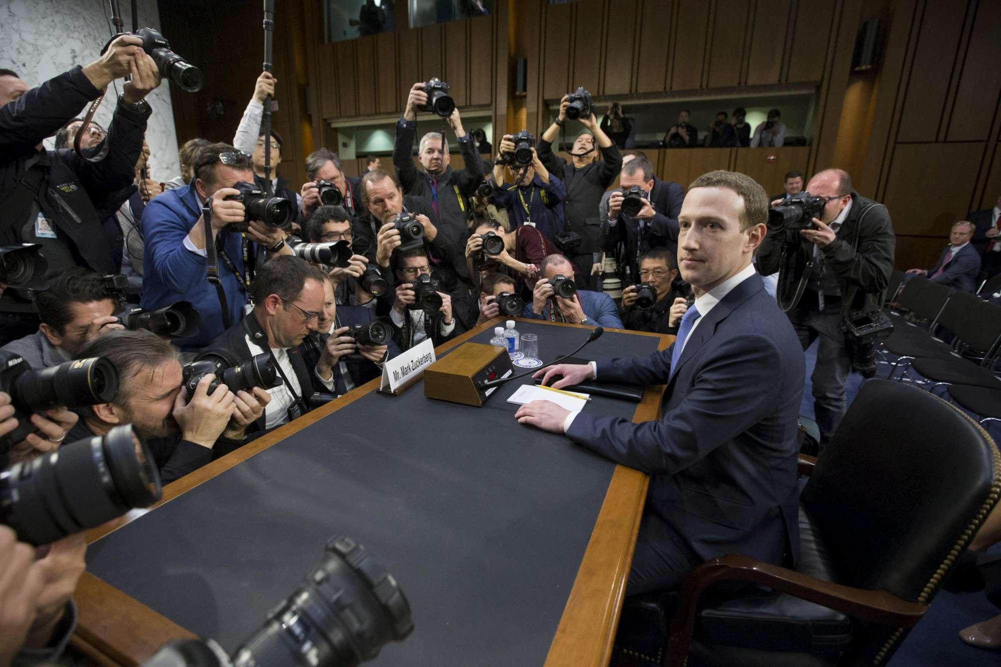 Datagate, Zuckerberg fa mea culpa in Senato:  Troppa poca prevenzione