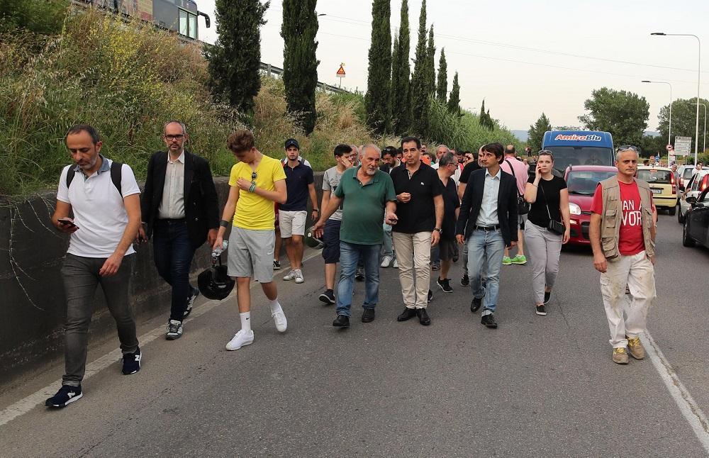 Firenze, tensione al corteo per Duccio