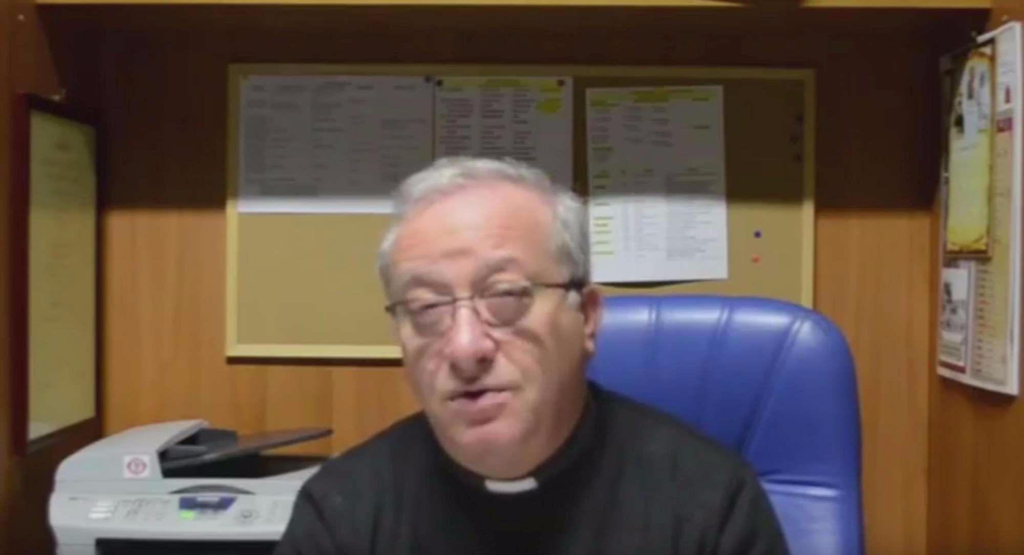 Un prete, un gestore di un centro accoglienza e gli affari sulla pelle dei migranti