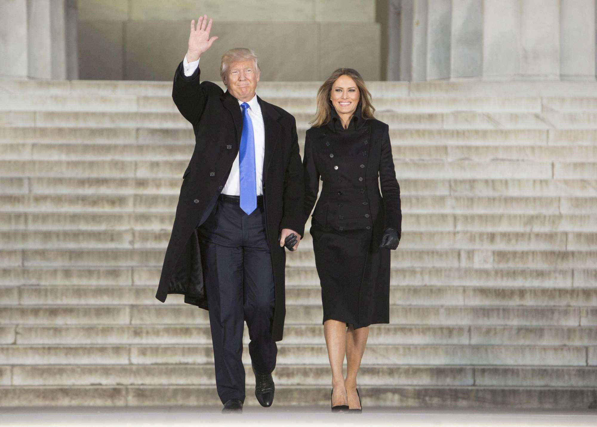 Usa, ovazione per Trump e Melania al concerto inaugurale