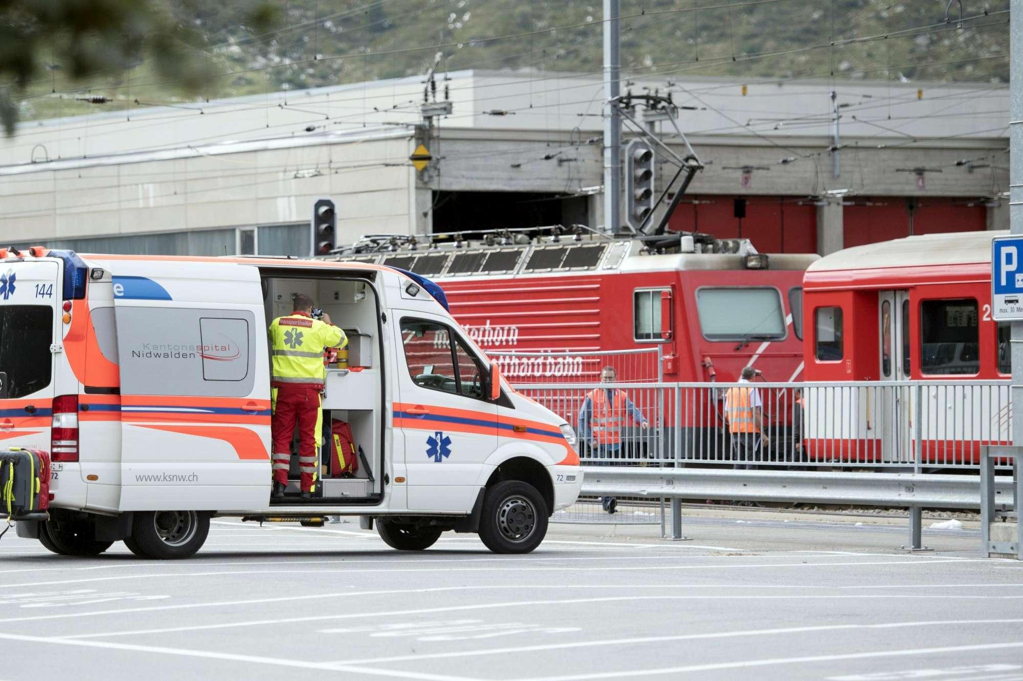 Svizzera, scontro tra treni in stazione