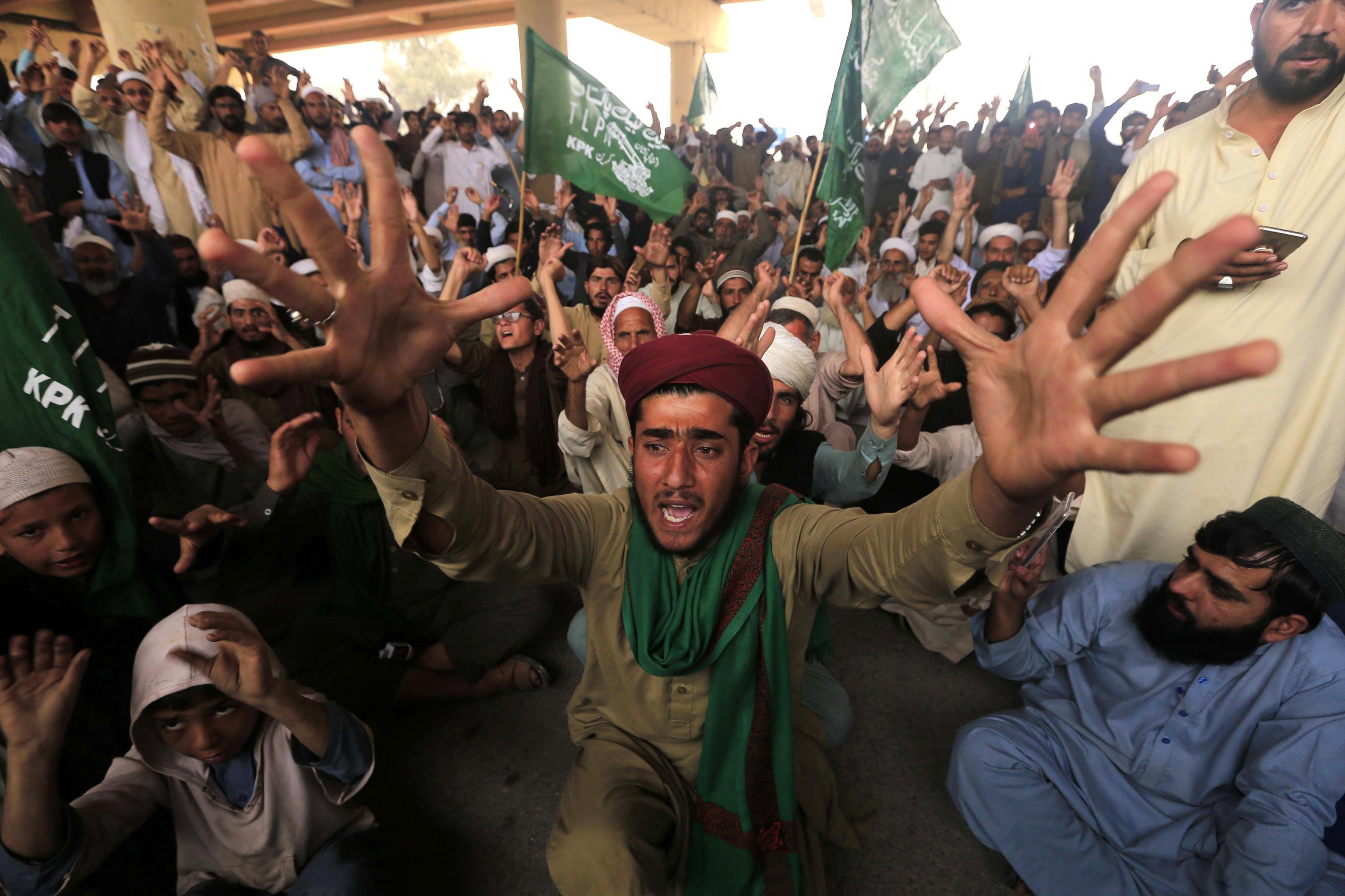 Pakistan, assolta Asia Bibi: esplode la protesta