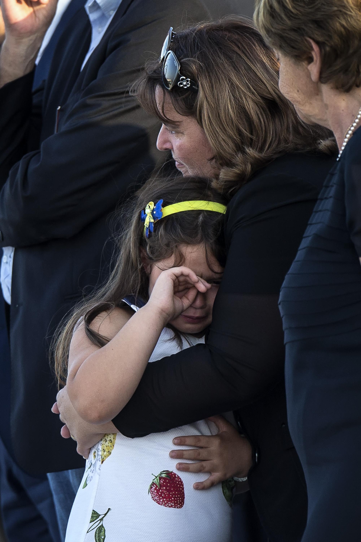 Ciampino, il dolore dei familiari delle vittime italiane della strage di Dacca