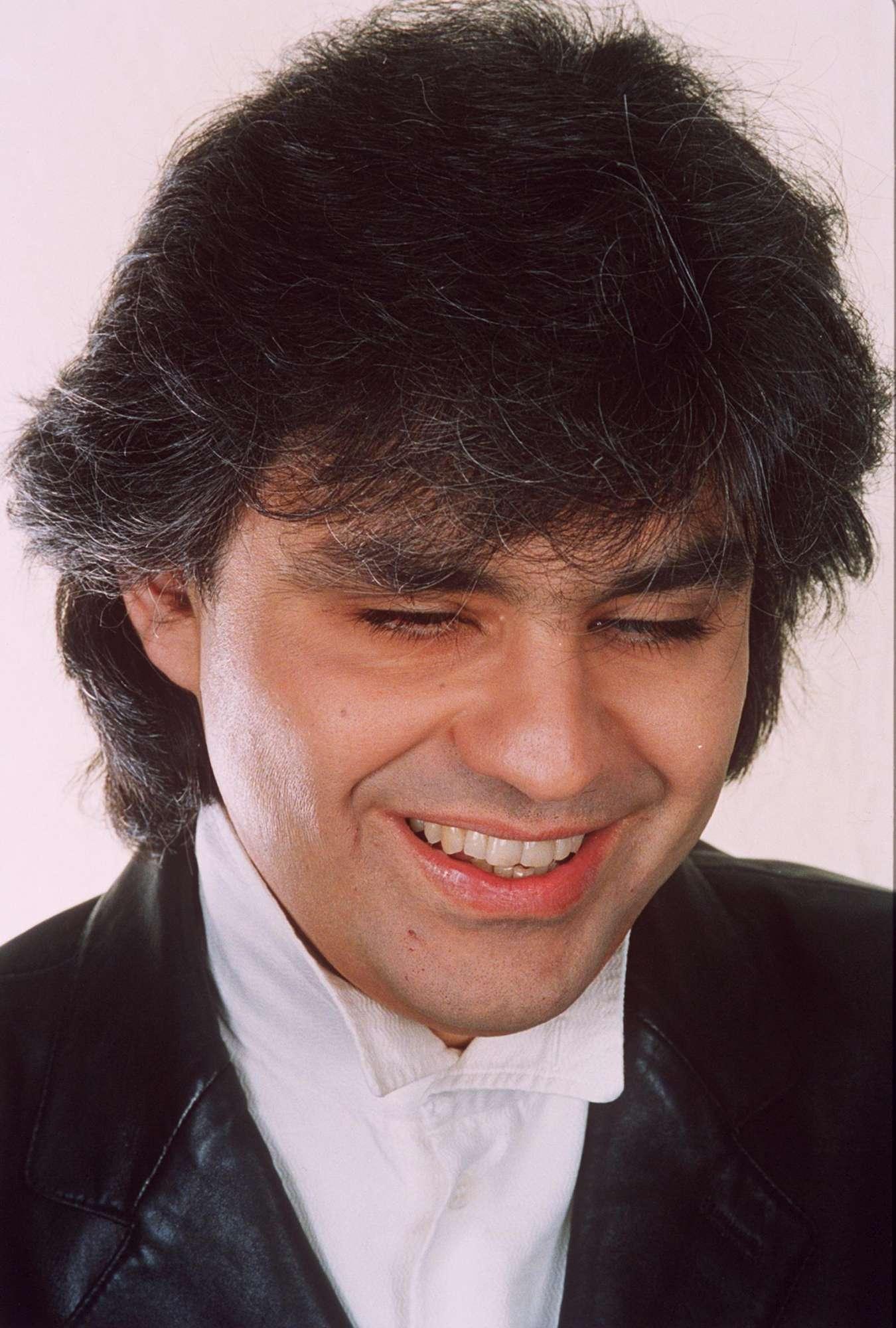 Andrea Bocelli compie 60 anni, auguri a una delle voci italiane più amate nel mondo