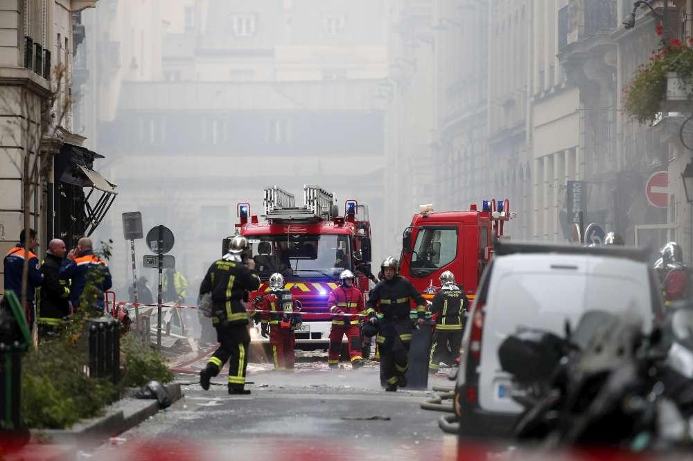 Parigi, esplosione nel quartiere dell'Opera per una fuga di gas