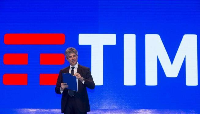 Il logo Telecom va in pensione, arriva il nuovo brand unico: la sintesi è Tim