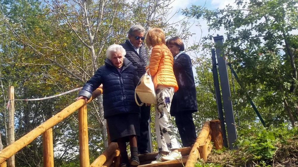 Nonna Peppina compie 95 anni con il regalo del dl Fisco: potrà tornare nella casetta di legno