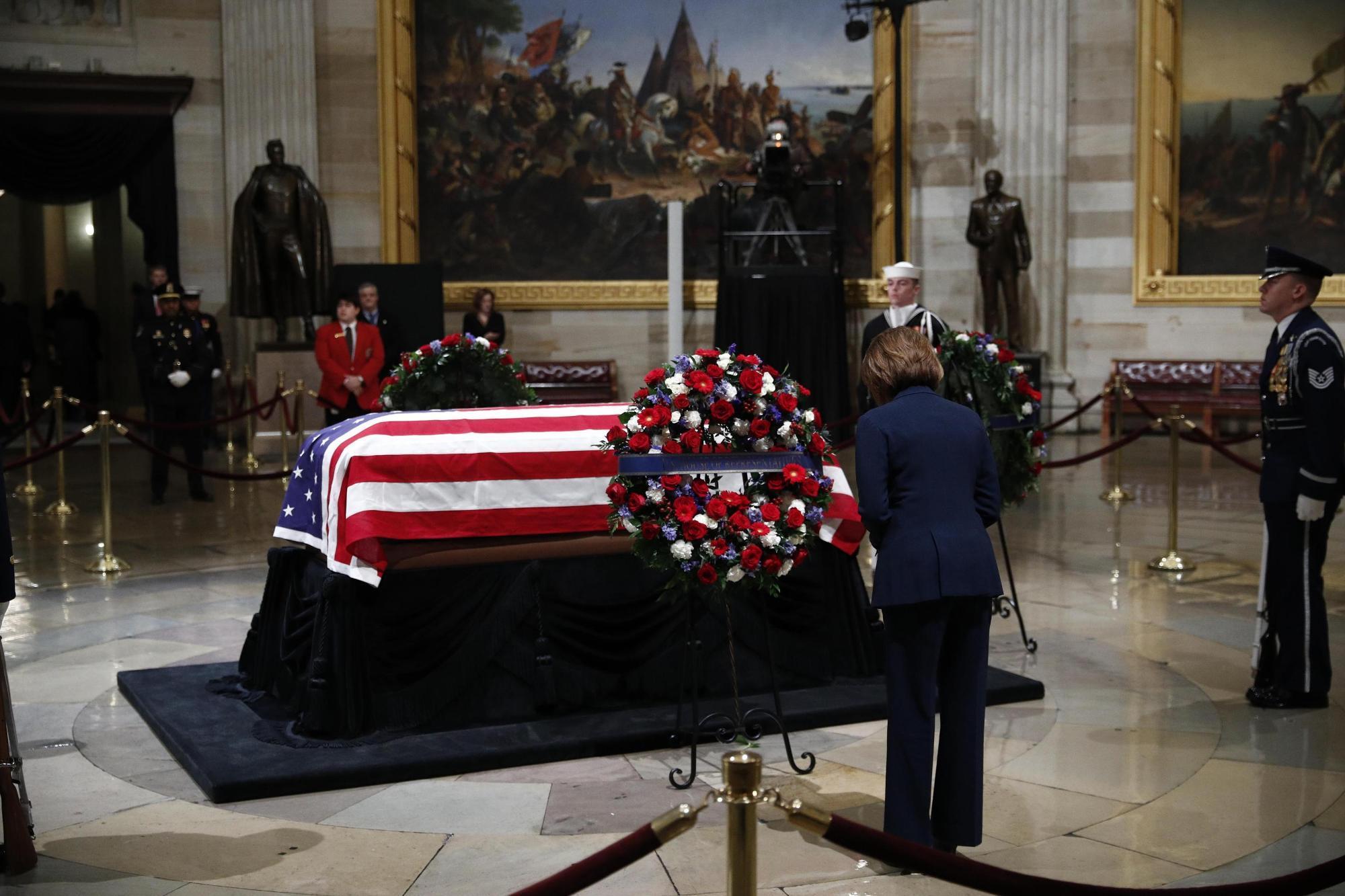 Addio a George Bush, gli Usa si fermano per l ultimo saluto all ex presidente