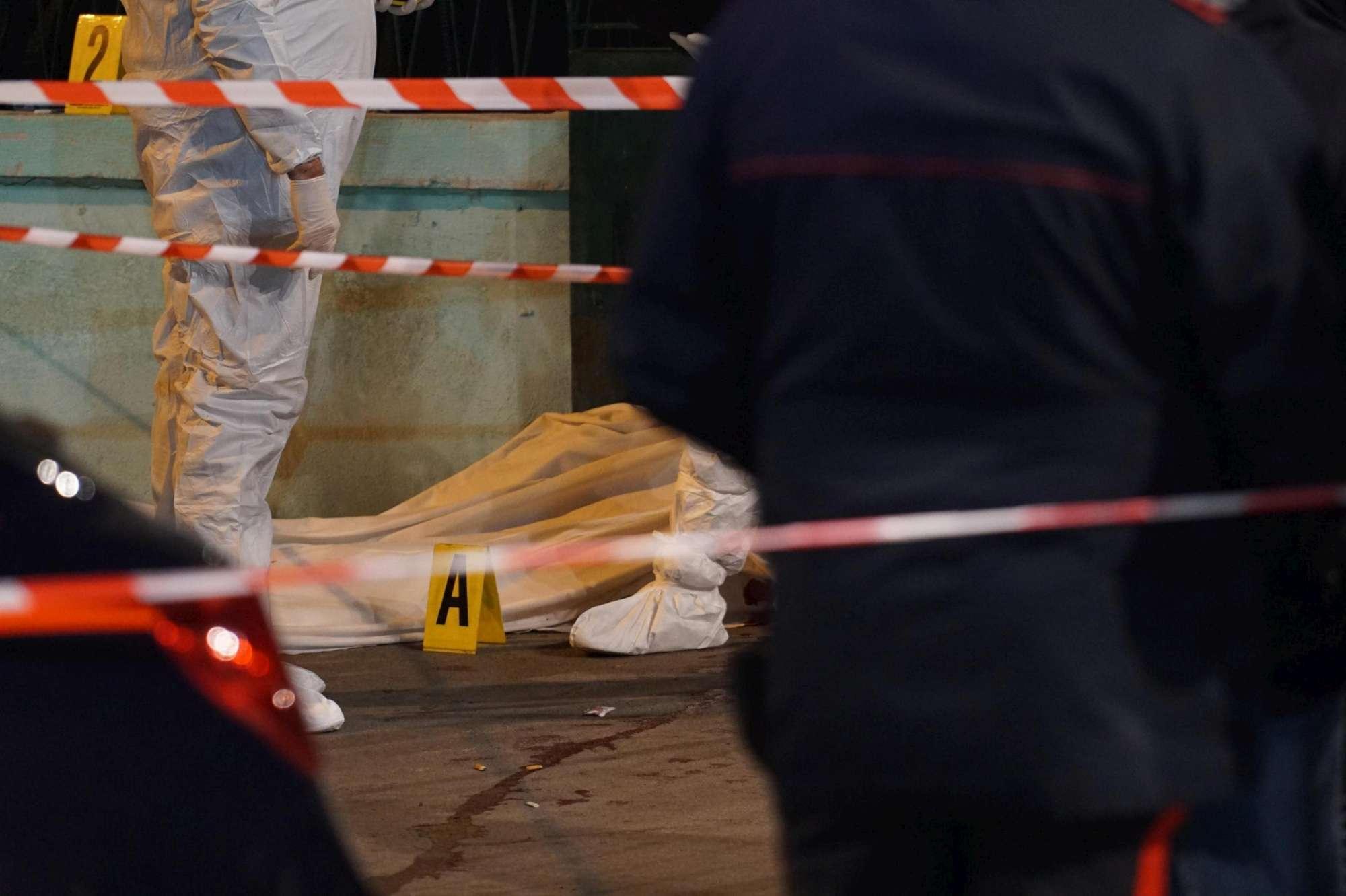 Omicidio in strada a Mugnano (Napoli): freddato venditore ambulante