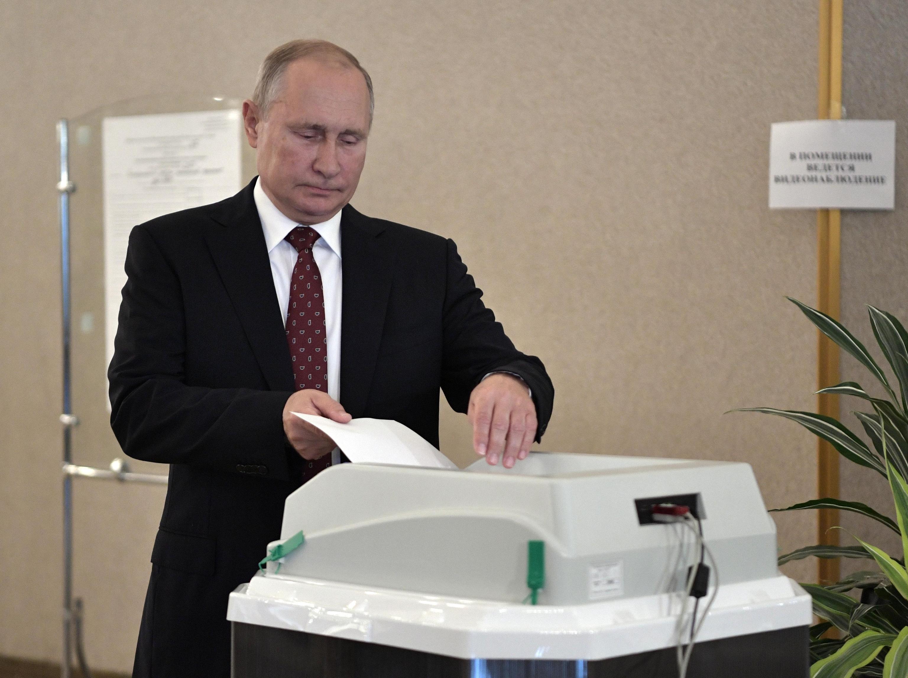 Russia al voto per le elezioni locali: test per Putin dopo l estate di proteste