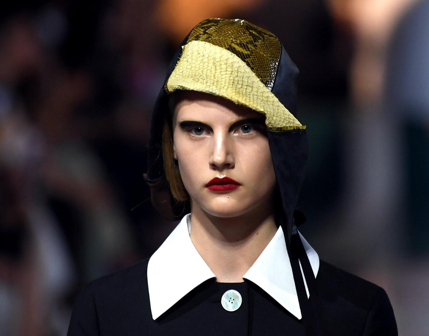 Moda: la donna del 2020 di Prada terrà conto del clima impazzito
