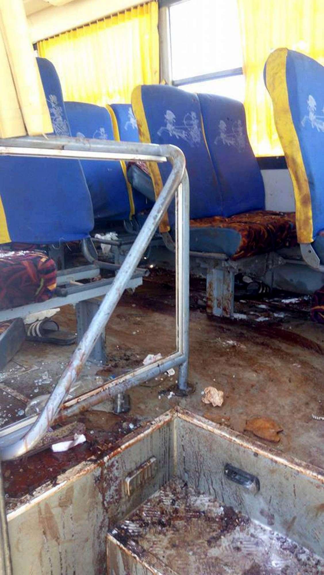 Egitto, attacco a un bus di cristiani: è strage